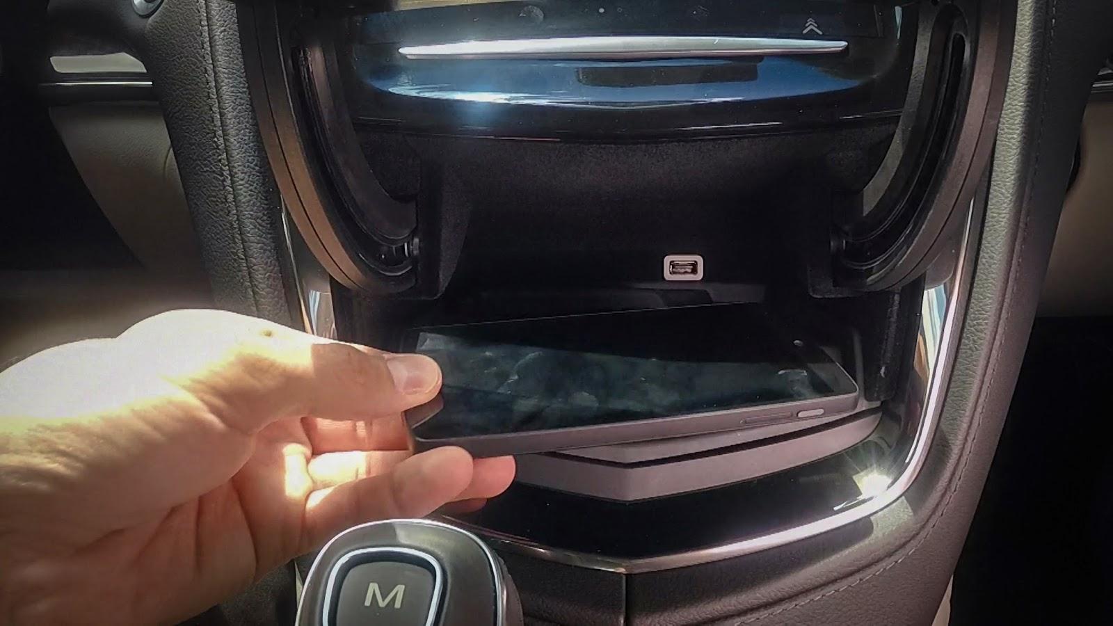 Chargeur sans fil Cadillac