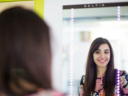 S.E.L.F.I.E. : un miroir connecté pour prendre vos plus beaux Selfies