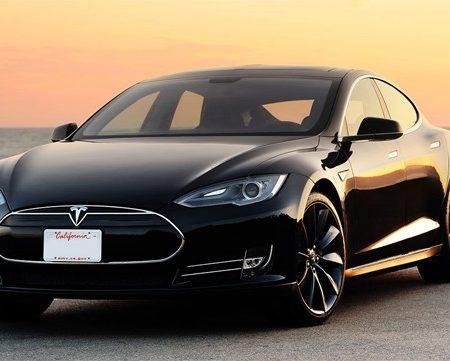 Tesla Model S : des nouveautés pour sa tablette embarquée