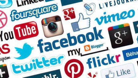 Infographie : présence sur les réseaux sociaux et marques, l'avis des internautes