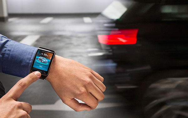 BMW Parking Smartwatch