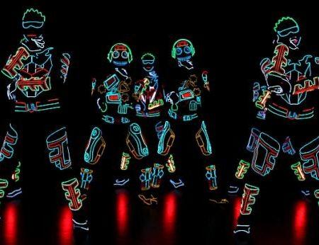 Light Balance : le groupe Ukrainien qui allie technologie et danse !