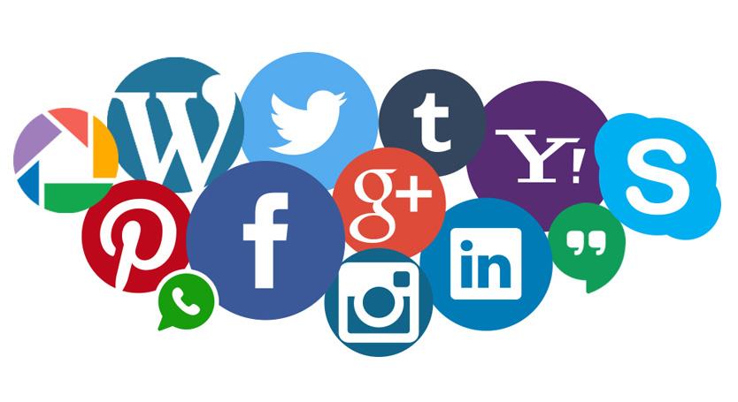 Réseaux sociaux - Facebook, Twitter, Instagram